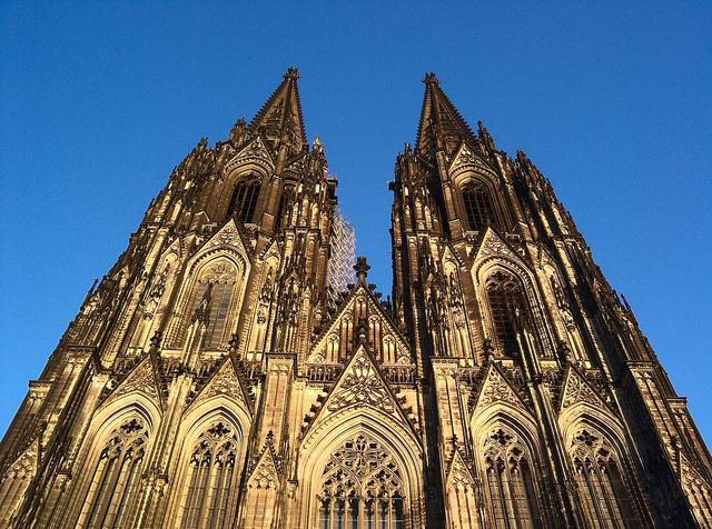 Middle Ages - Cathedrals - - History Links